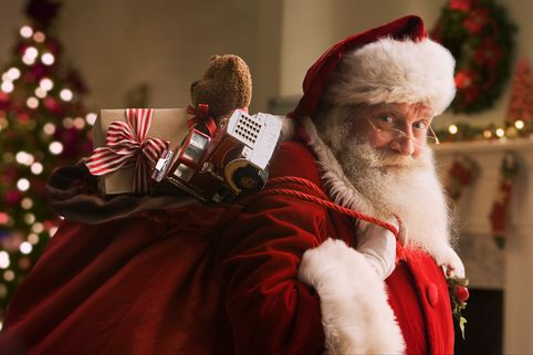 Santa-Claus-carrying-sack-of-gifts