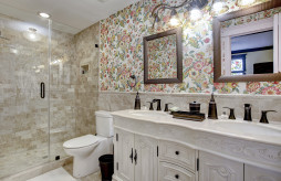 Floral Suite Bathroom